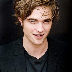 Nama : Robert Thomas-Pattinson